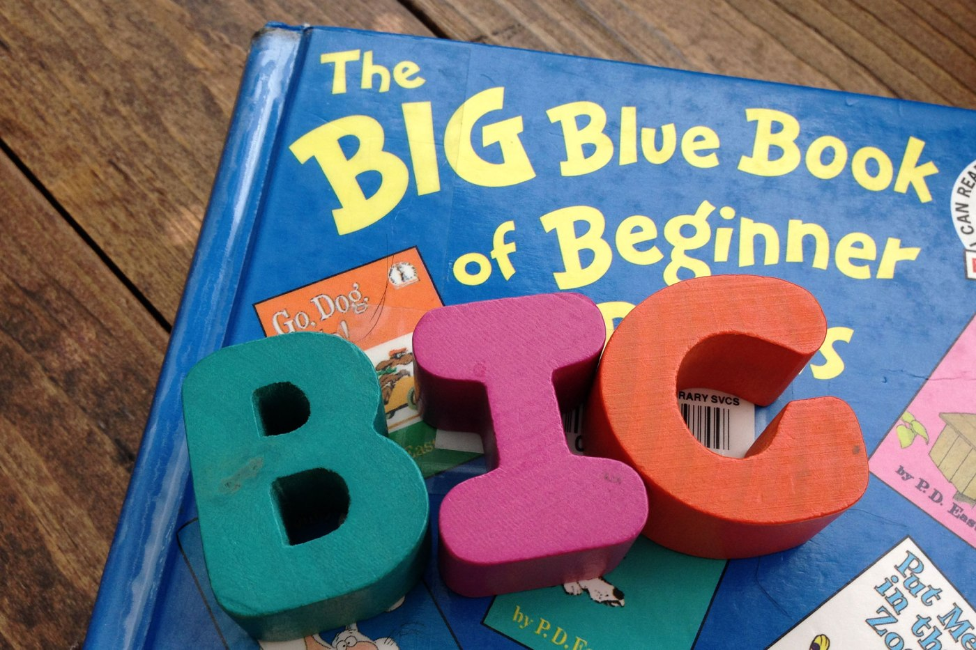 "The word ""BIG"" on the book"