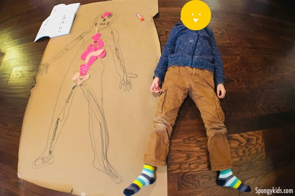 "Fun Body Tracing Activity with kids ""Real size of me!"""